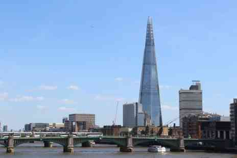 Traditional Tours UK - Panoramic Tour of London by Black Taxi - Save 0%