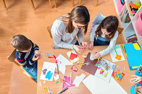 Oplex Careers - Level 3 Eyfs teaching course - Save 92%