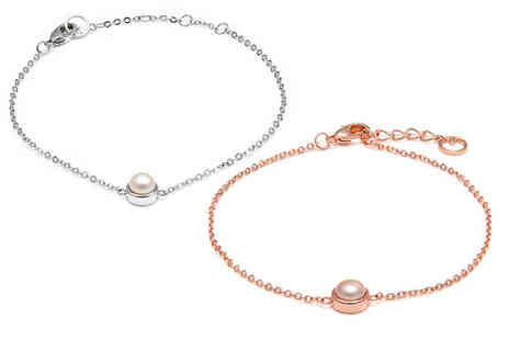 Lily Spencer - Fine chain pearl bracelet choose between two colours - Save 83%