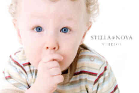 Stella Nova Photography - Professional baby, child or family photo shoot including 5 prints - Save 79%