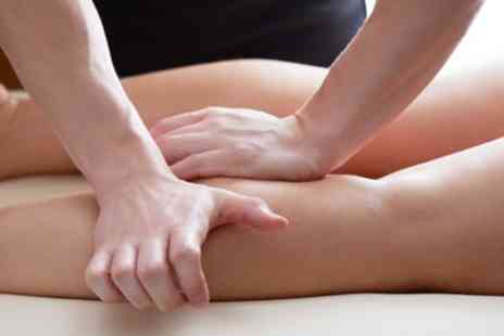 Chloe Lees Sports Therapy and Performance - 30 or 45 Minute Sports Massage - Save 30%
