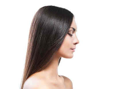 LashesNLocks - Brazilian blow dry with Keratin treatment - Save 54%
