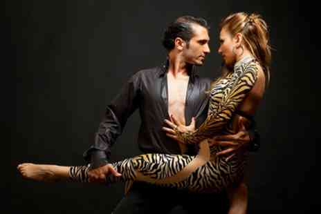 Hola Cuba Salsa Events - Five One Hour Salsa, Bachata and Kizomba Beginner Dance Classes for One or Two - Save 88%