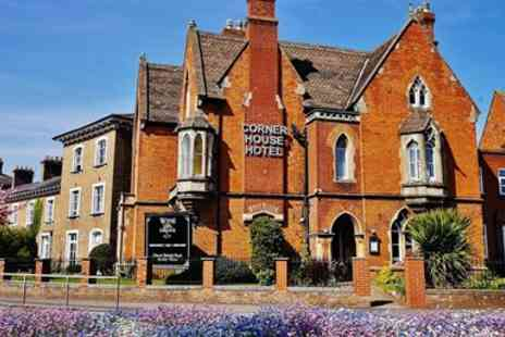 The Corner House - Snap up a stay in the centre of Taunton - Save 0%