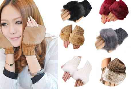 Boni Caro - Pair of faux fur fingerless Gabbie Gloves choose from six colours - Save 80%
