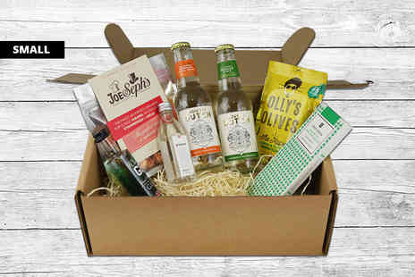 Borough Box - A small Big Night Gin Hamper including gin, tonic and snacks - Save 46%