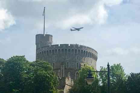 Travel Brake - Heathrow Airport Arrival To London Via Windsor Castle - Save 0%