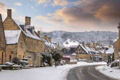 Evan Evans Tours - Christmas Lunch in Shakespeares England with Oxford and The Cotswolds - Save 0%