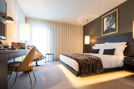 South Place Hotel - Five Star Luxury London Break with Six Course Michelin Starred Dinner and Champagne for Two - Save 0%
