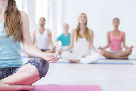 Kew Training Academy - An online professional yoga teacher diploma course - Save 95%
