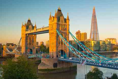 City Cruises PLC - Evening Thames cruise for 2 with bubbly, music & canapes - Save 33%
