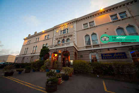 The Royal Hotel - Two night seaside stay for two people with tea and muffins on arrival, breakfast, free parking and early check in - Save 51%