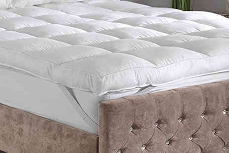 Groundlevel - A single 10cm thick microfibre single mattress topper - Save 71%