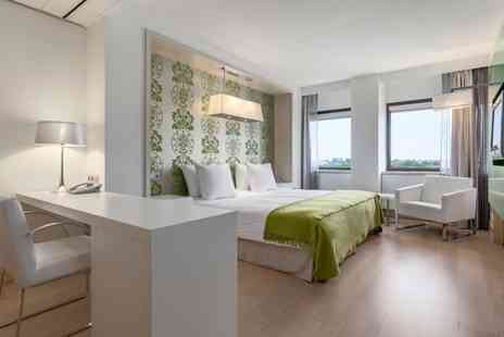 NH Amsterdam Zuid - Four Star Refreshing Style 15 Minutes From Vondelpark For Two - Save 45%