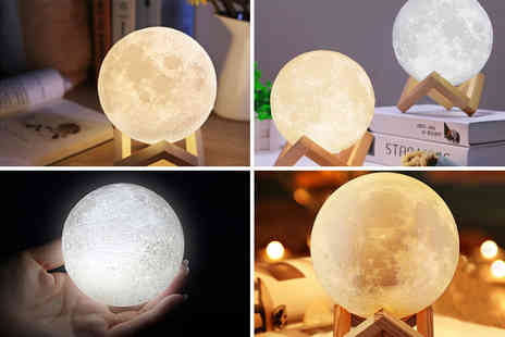Charles Oscar - Touch control LED 3D moon lamp - Save 78%