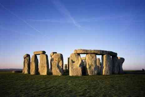 Evan Evans Tours - Stonehenge, Windsor Castle, and Bath with London Hop-on-Hop-off Tour - Save 0%