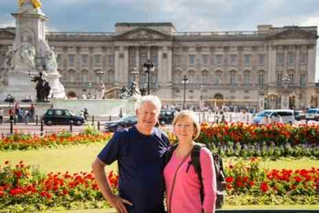 Evan Evans Tours - Buckingham Palace and Windsor Castle with lunch - Save 0%