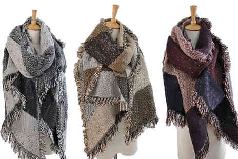 Charles Oscar - Oversized blanket scarf choose from five colours - Save 73%