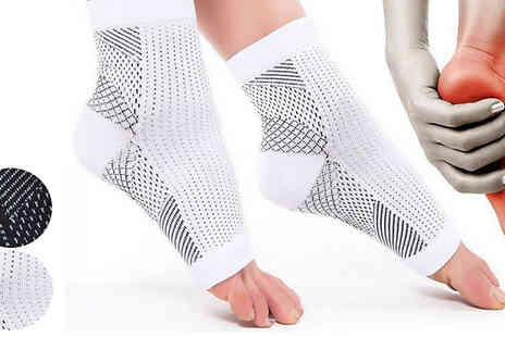 HXT Goods - 7 Point Foot Angel Compression Sock Choose from 2 Colours And 2 Sizes - Save 70%