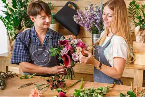 Blue Mountain - An online floristry course - Save 91%
