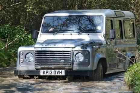 Experience The Country - 60 minute 4x4 off road driving experience for up to 3 - Save 40%