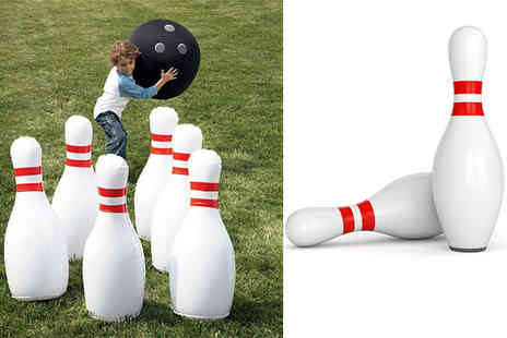 Direct 2 public - Seven piece jumbo inflatable bowling set - Save 70%