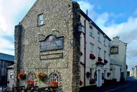 Kings Arms Hotel - Up to 3 Nights for Two with Breakfast - Save 30%