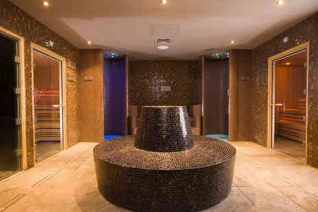 Macdonald Hotel & Spa - Spa day for two people with a glass of Prosecco each plus a Rasul mud experience - Save 54%