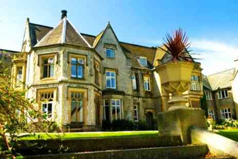 Kenwood Hall Hotel - Double Room for Two with Breakfast, Dinner, Wine and Spa Access - Save 0%