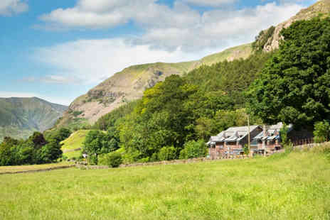 The Lodge in the Vale - One or two night stay with a glass of wine on arrival and breakfast for two - Save 49%