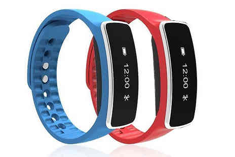 Ugoagogo - Q754 Bluetooth Smartwatch in Red or Blue - Save 87%