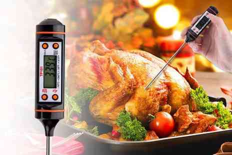 Direct 2 Publik - An LED digital thermometer - Save 80%