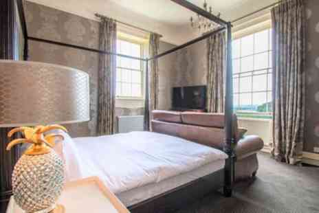 Brooks Country House - One Nights for Two with Breakfast, Prosecco, 2 Course Dinner and Late Check Out  - Save 0%