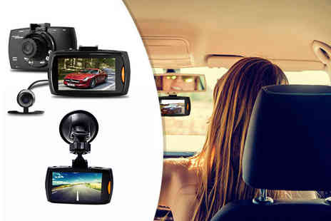 Maxwe - An HD front and rear dashcam or Dash cam with a 16GB SD card - Save 78%