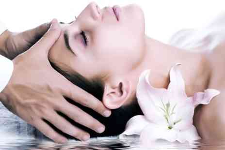 Sativas Garden - 90 Minute Pamper Package with Aromatherapy, Facial and Head Massage - Save 57%