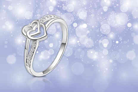 Evoked Design - Crystal heart ring - Save 84%