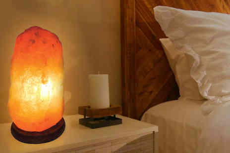 Black Feather - Himalayan crystal salt lamp - Save 77%