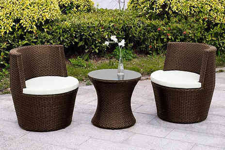 Dining Tables - Three piece rattan vase set choose from two colours - Save 68%