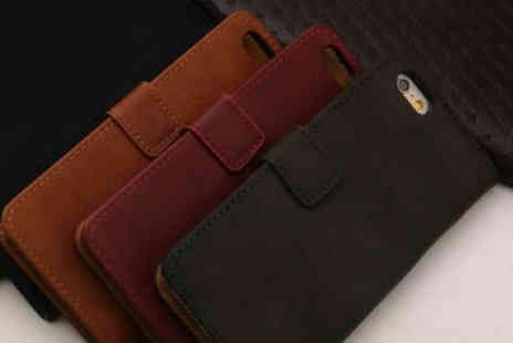 Snap One Up - Vegan leather phone case - Save 78%