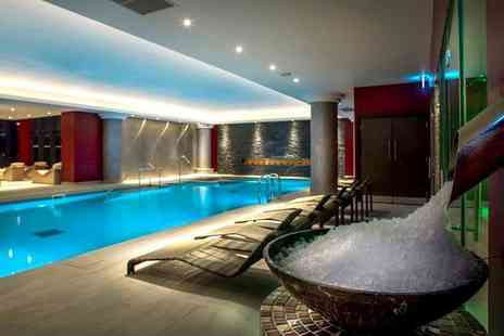 Genting Solihull - Spa day for one person with a 25 minute dry flotation experience and a glass of Prosecco - Save 48%