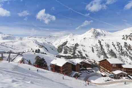 Club MMV Les Melezes - Stylish Ski Resort Stay with Supreme Slope Access - Save 0%