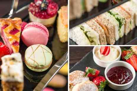 Crowne Plaza Solihull - Afternoon tea for two people with a glass of Prosecco each - Save 33%