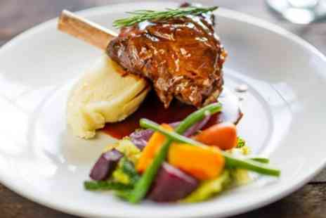 The White Horse - Surrey Hills, splendid meal for 2 at historic inn - Save 48%