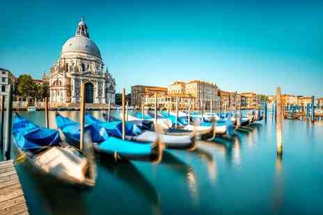 Super Escapes Travel - Two night Venice stay with breakfast and return flights - Save 20%