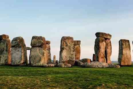 Premium Tours - Stonehenge & Bath tour - Save 50%