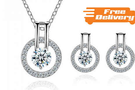 Your Ideal Gift - Halo 3.5ct Simulated Sapphire Jewellery Set With Free Delivery - Save 93%