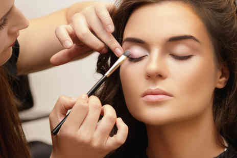Alpha Academy - Makeup, nail technician and eyelash extension course - Save 96%