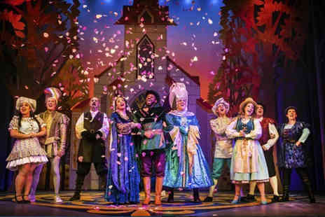 Nottingham Playhouse - Band B ticket to the Robin Hood and the Babes in the Wood panto - Save 23%