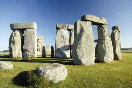 Lion Tours - Stonehenge, Salisbury And Cotswold Villages - Save 0%
