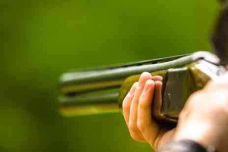 Manchester Clay Shooting Club - Clay shooting experience in Manchester - Save 24%